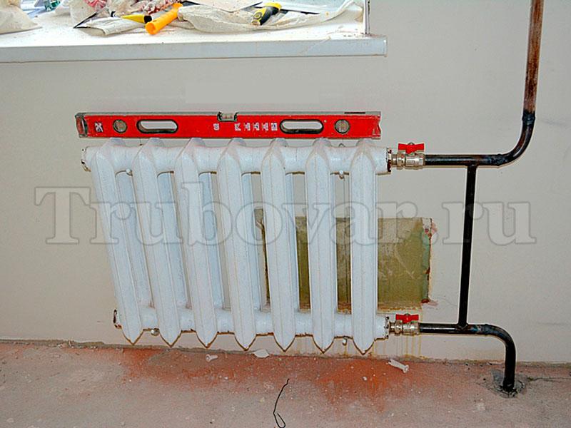 ustanovka-radiatorov-otopleniya-zamena-batarei-spb-santehnik-trubovar-16