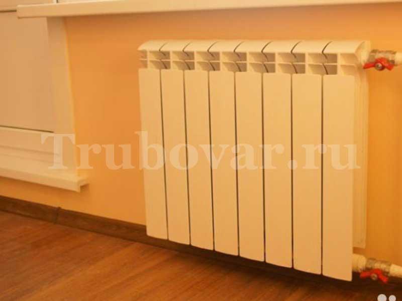 ustanovka-radiatorov-otopleniya-zamena-batarei-spb-santehnik-trubovar-8