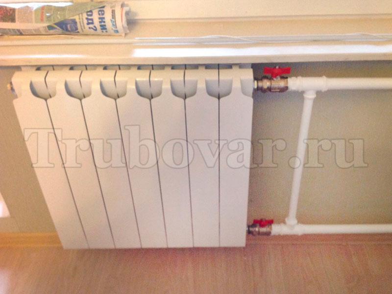 ustanovka-radiatorov-otopleniya-zamena-batarei-spb-santehnik-trubovar-9